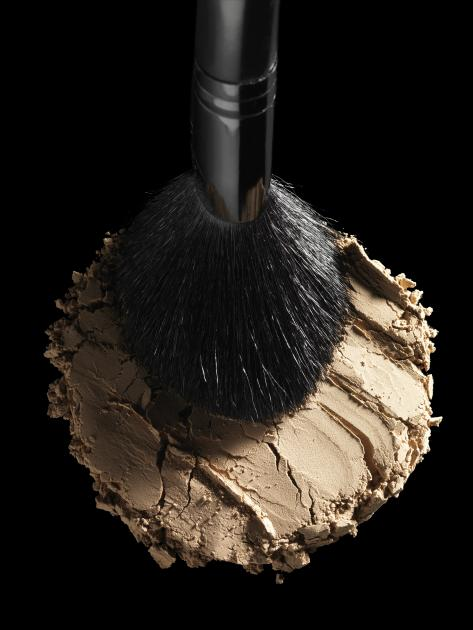 Armin Zogbaum Cosmetic Powder and Brush