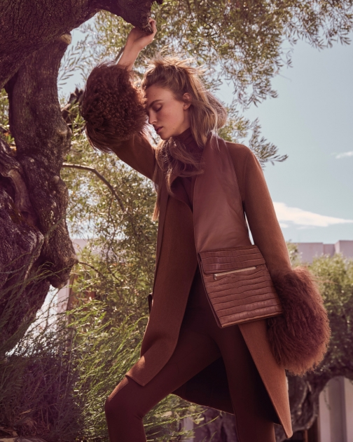Fashion Photographer Director NYC Andreas Ortner Editorial Elle Germany Beige Standing Tree Fashion Women