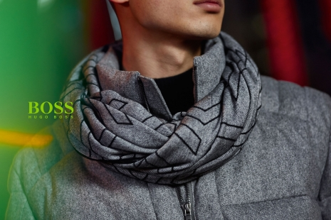 Hugo Boss Green Tokio Close up by Hunter & Gatti