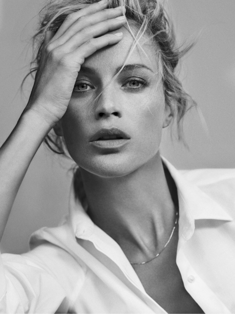 NYC fashion photographer director Hunter and Gatti Portrait Carolyn Murphy black and white