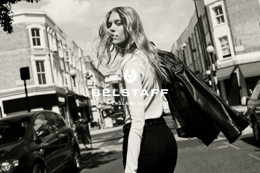Photographer New York Sven Jacobsen Belstaff London Advertising Fashion Looking Back