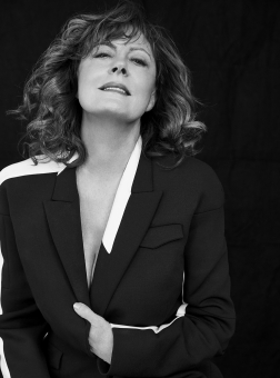 Photographer Walter Chin Icon Magazine Susan Sarandon Editorial February 19 Blazer Fashion Women