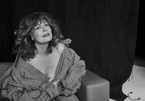 Photographer Walter Chin Icon Magazine Susan Sarandon Editorial February 19 Close Up Fashion Women