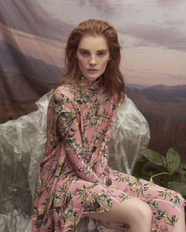 Fashion Photographer Director NYC Andreas Ortner Editorial Marie Claire CZ Alexina Graham Sitting Close Up Fashion Women