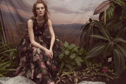 Fashion Photographer Director NYC Andreas Ortner Editorial Marie Claire CZ Alexina Graham Sitting Leafes Fashion Women