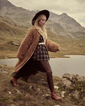 Fashion Photographer NYC Andreas Ortner Free People Holiday Campaign Blonde Girl Brown Teddy Jacket Fashion Advertising