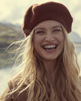 Fashion Photographer NYC Andreas Ortner Free People Holiday Campaign Blonde Girl Closeup Smiling