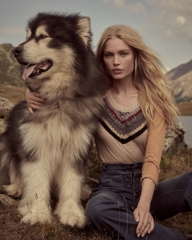 Fashion photographer NYC Andreas Ortner Free People Holiday Campaign Girl Sitting Dog Fashion Advertising